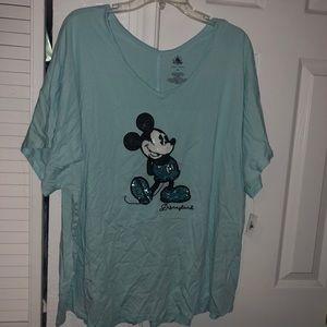 New women's blue sequin Disneyland T-shirt